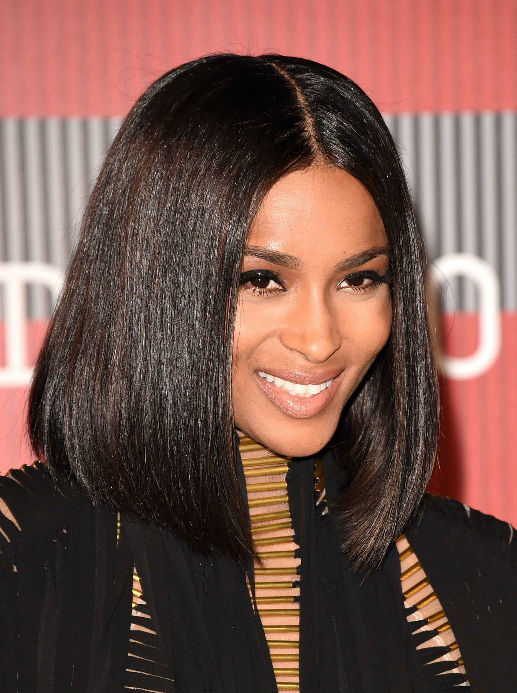 Ciara debuts bangs to go along with her chic bob photo urmus Image collections