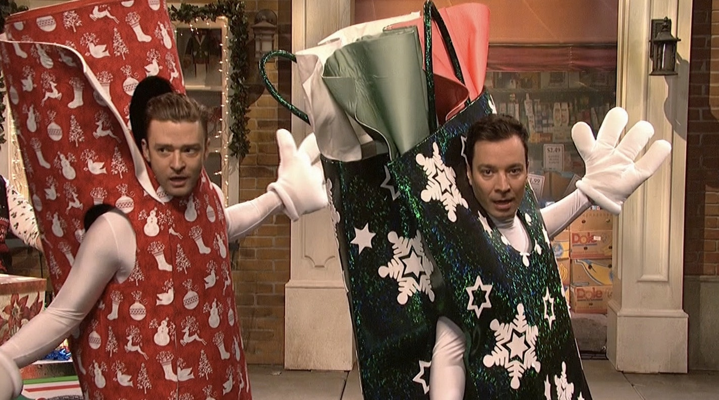 The 15 Best 'SNL' Christmas Sketches Ever Because It's Not ...