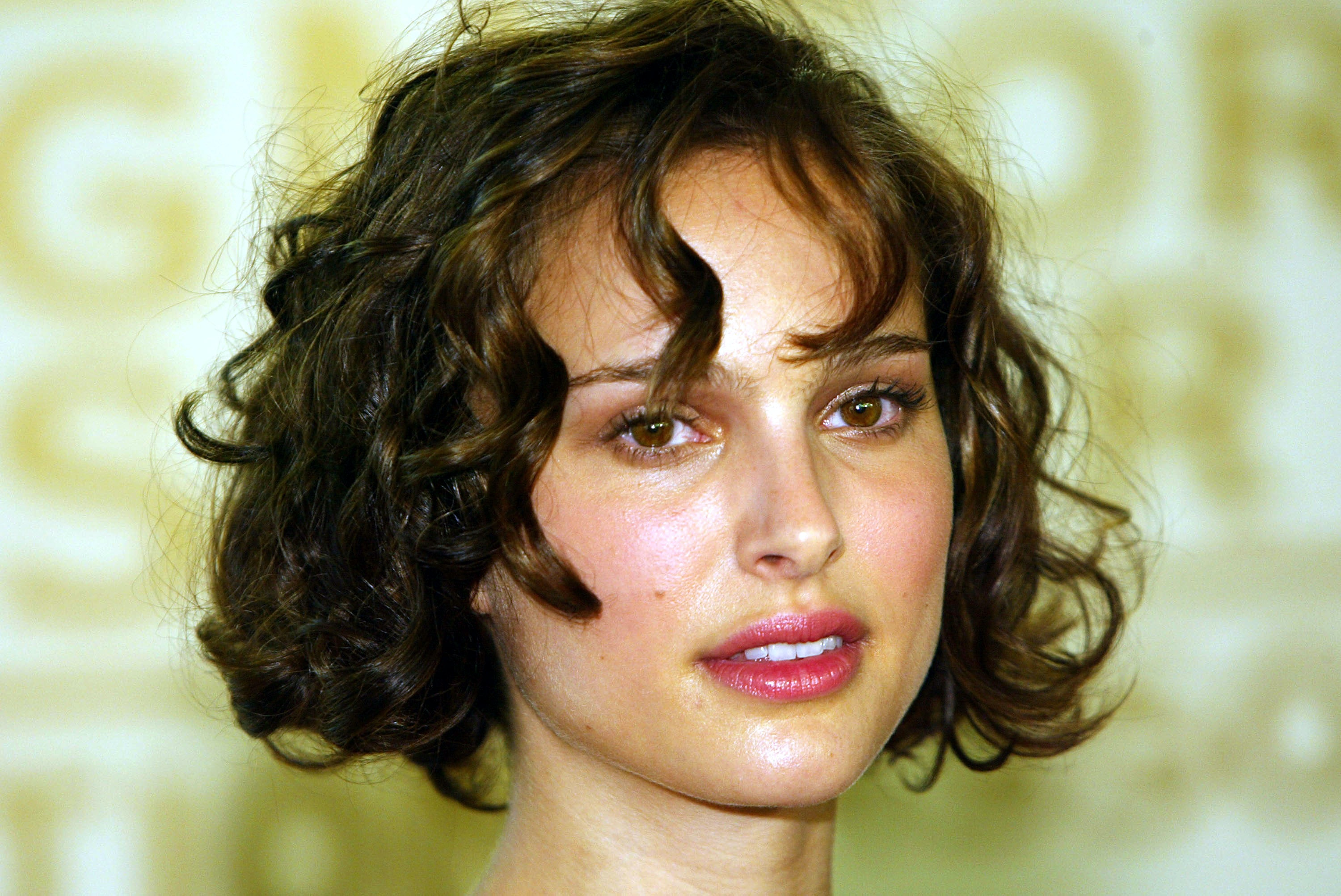 7 hair hacks for growing out short hair when it seems impossible