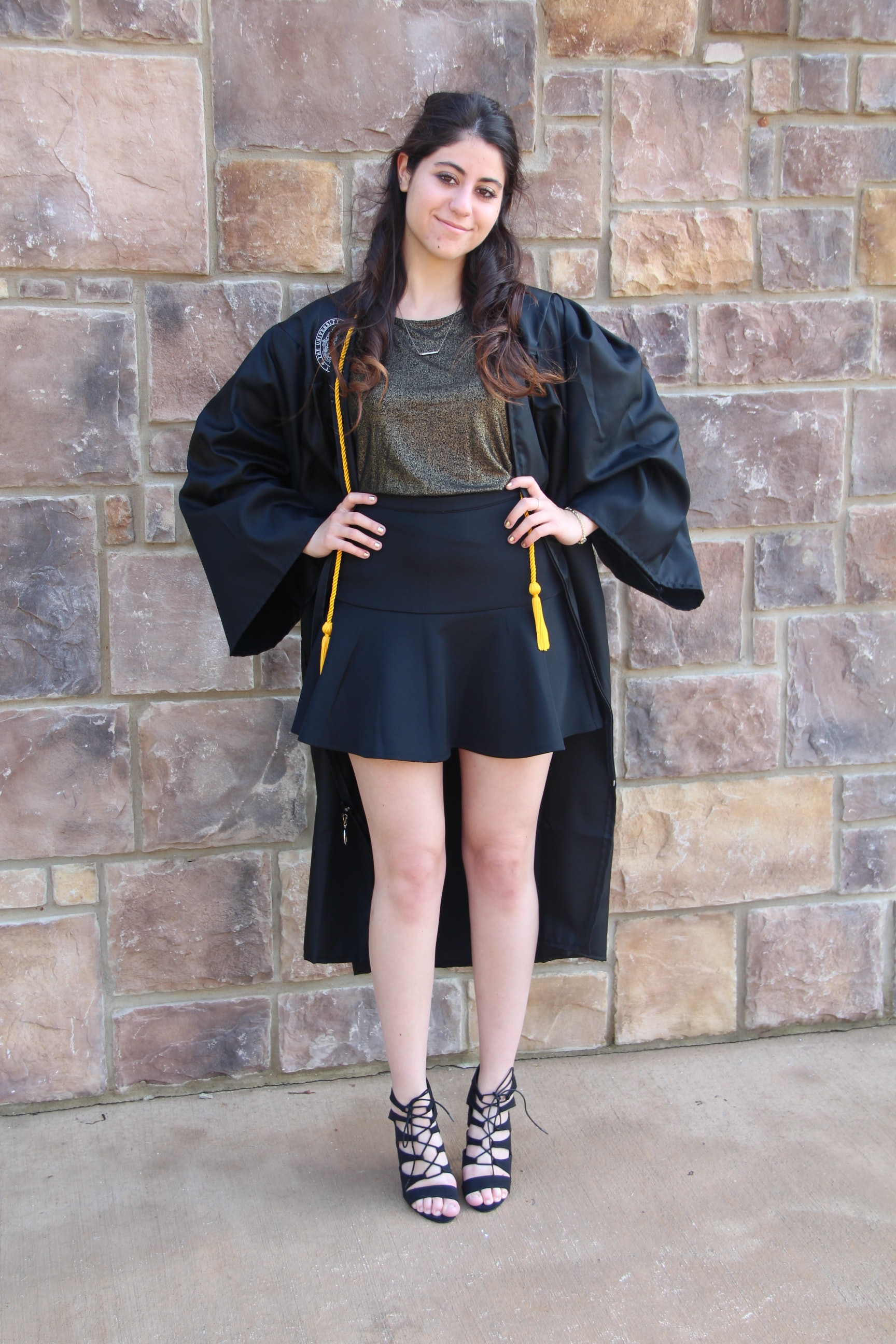 What Do You Wear To Graduation? 5 Outfit Ideas To Inspire You On ...
