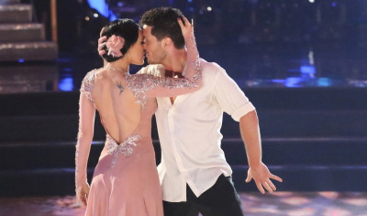 Val chmerkovskiy dating rumer willis dancing 3