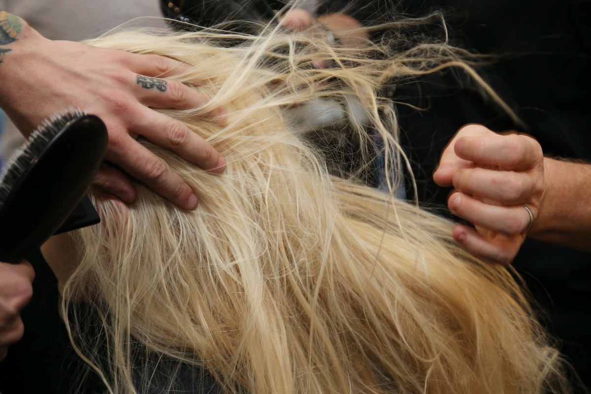 Much should you tip your hairdresser plus 11 other answers to salon