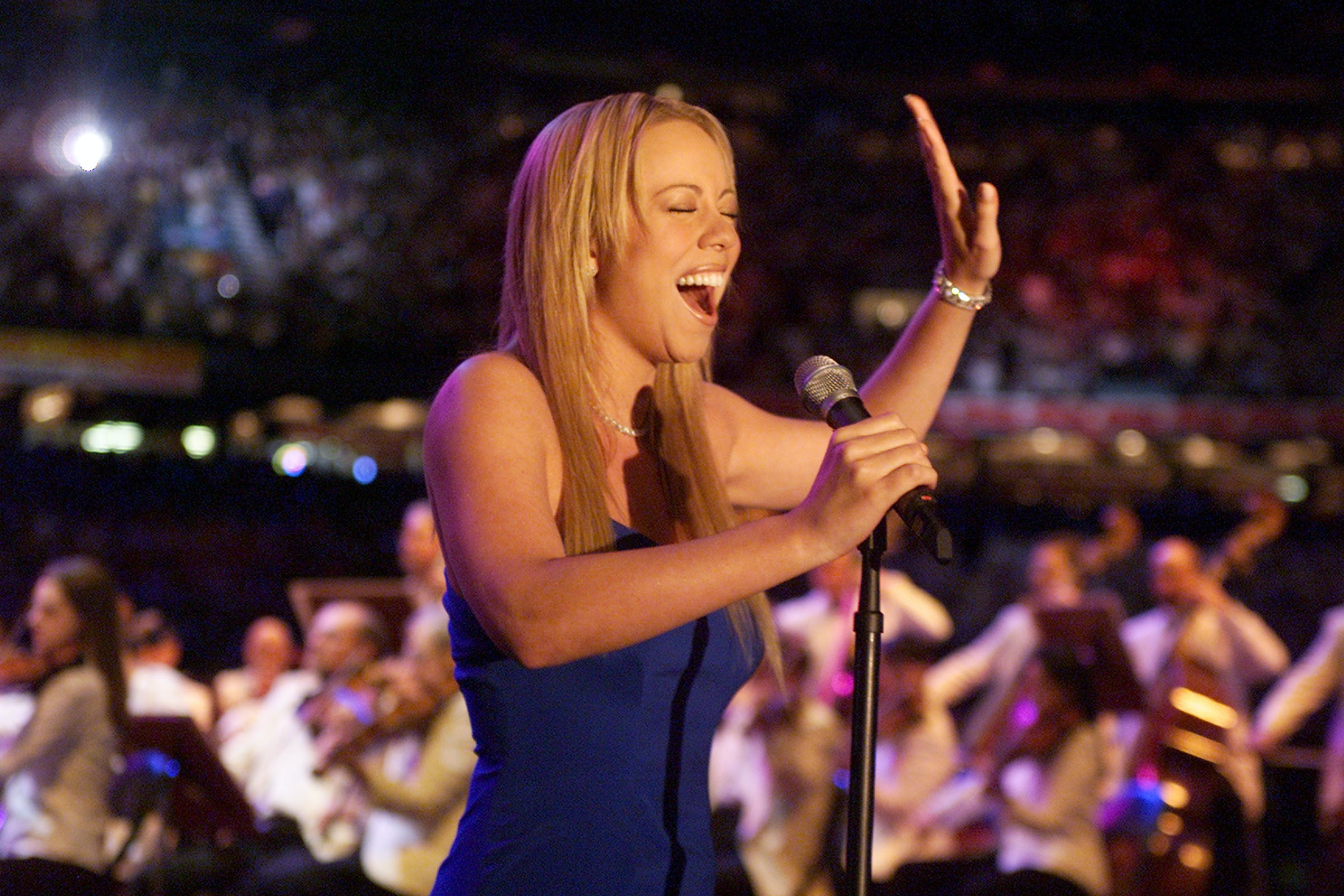 How Many Octaves Can Mariah Carey Sing? She\u0027s Got One Of The ...