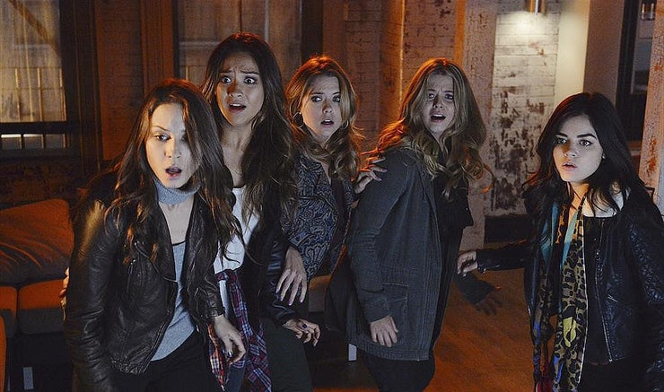 13 creepy pretty little liars episodes to watch this halloween - Pretty Little Liars First Halloween Episode