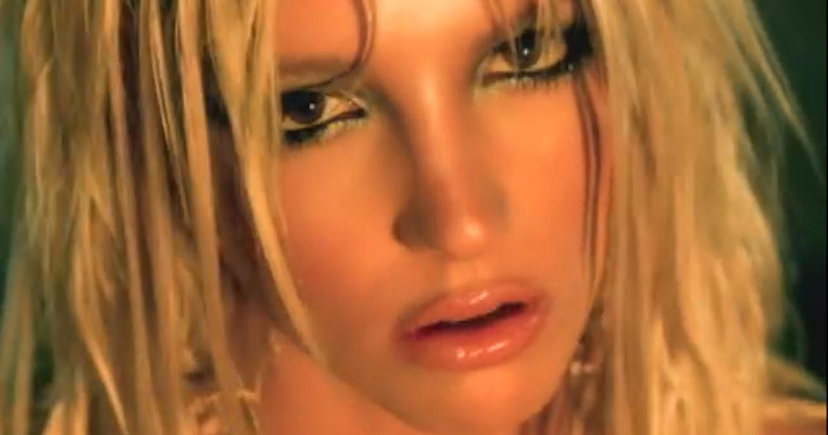 I'm A Slave 4 U lyrics - Britney Spears - Genius Lyrics