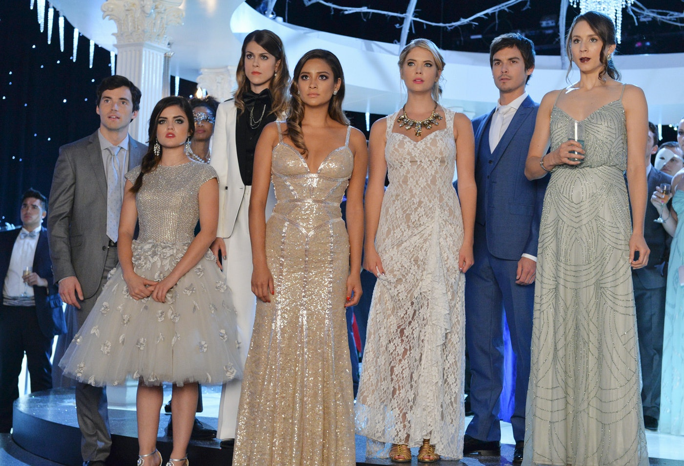 16 Things You Never Noticed About The 'Pretty Little Liars ...