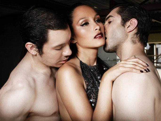 porn-slut-sexy-naked-men-threesome-online-porn-search