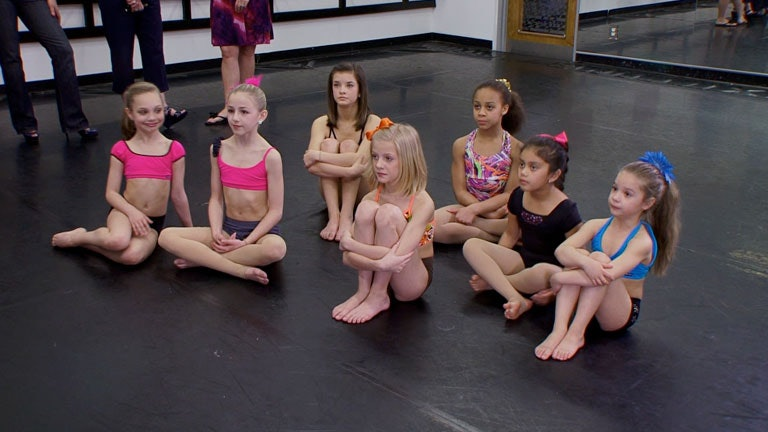 14 Things You Missed In The 'Dance Moms' Pilot, Like How Maddie ...
