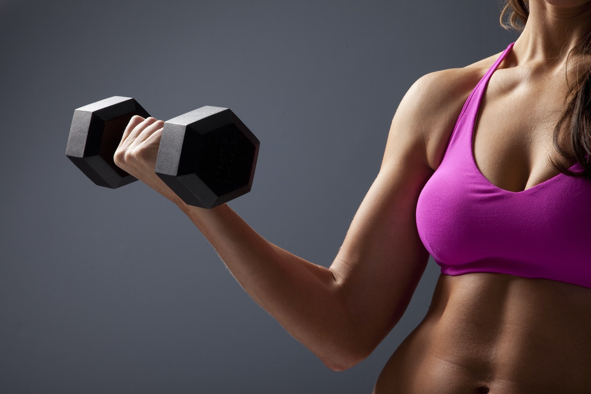7 Signs You're Wearing the Wrong Sports Bra