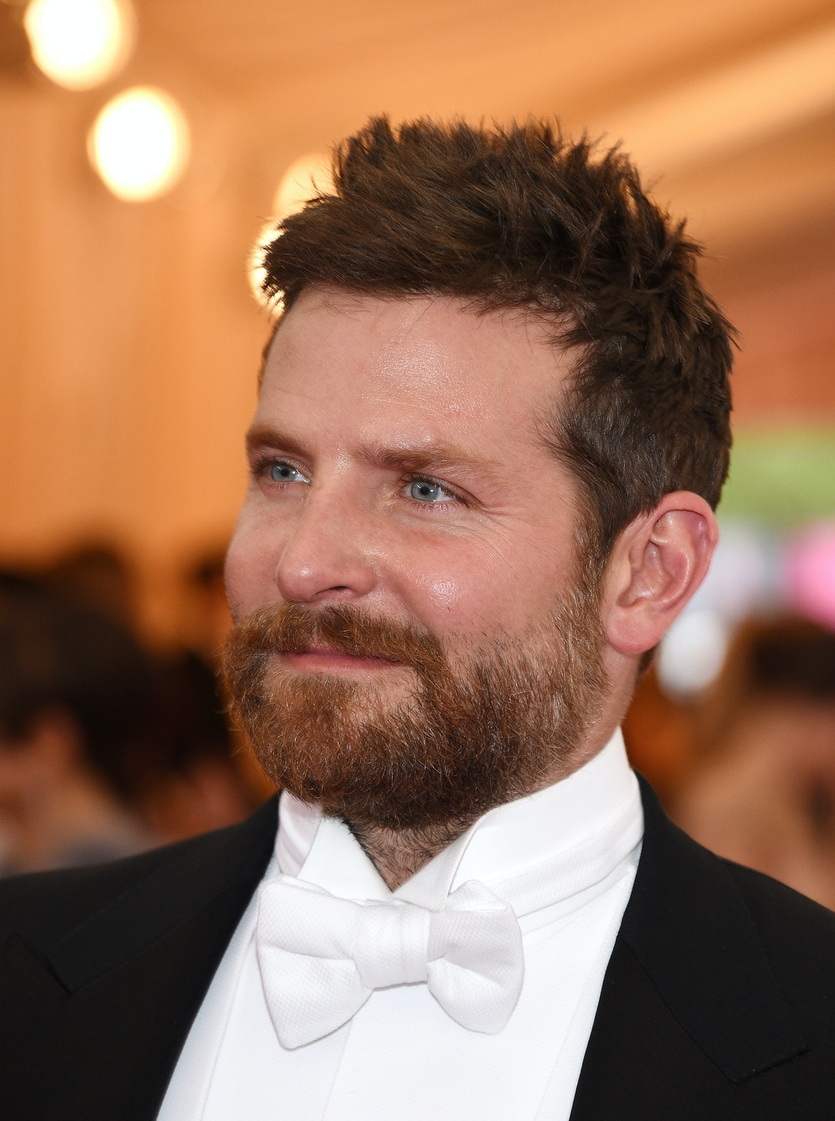Bradley Cooper at the Met Gala Looks Like 'Hangover' Co ...