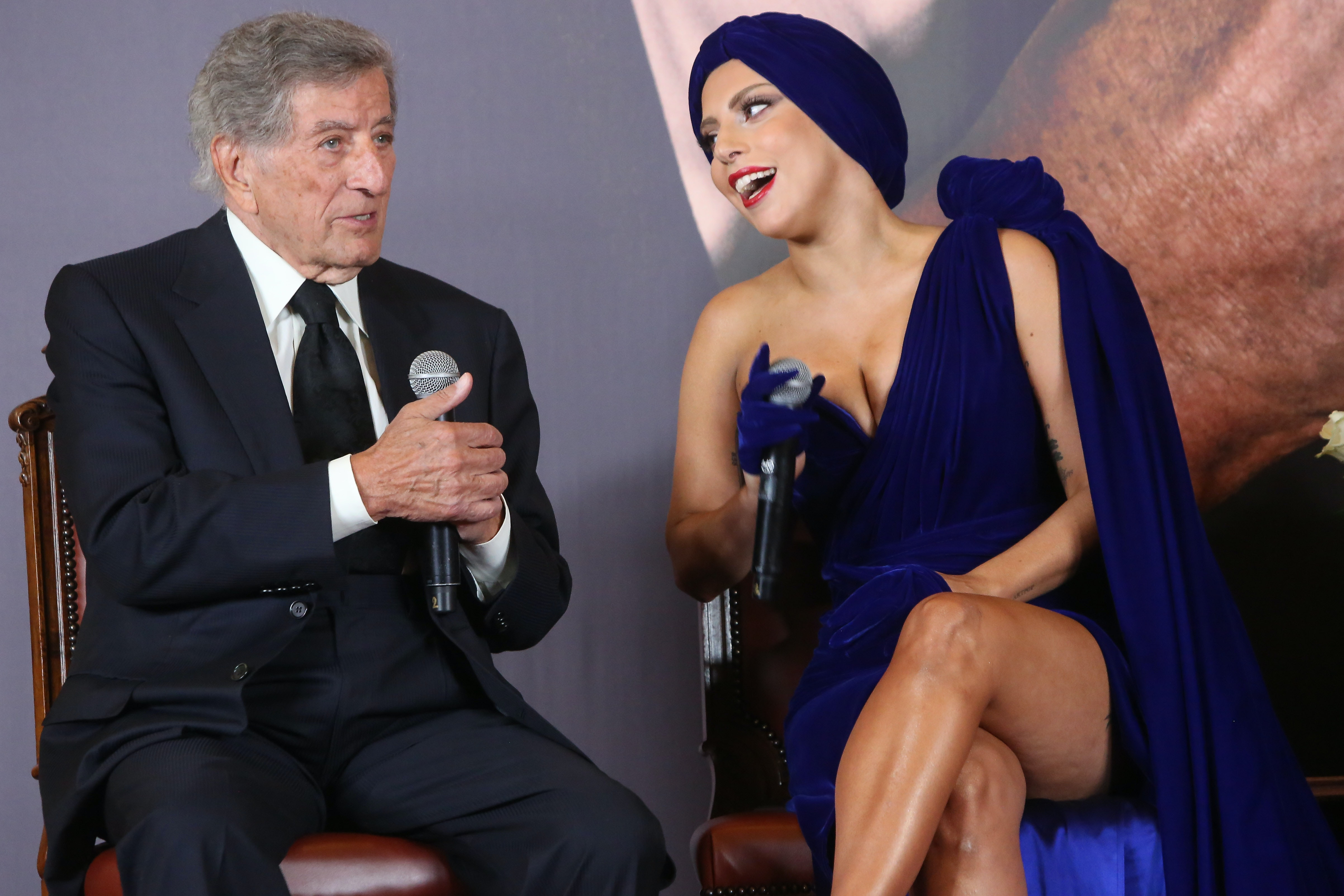Why Are Lady Gaga & Tony Bennett Singing Together On 'Christmas In ...