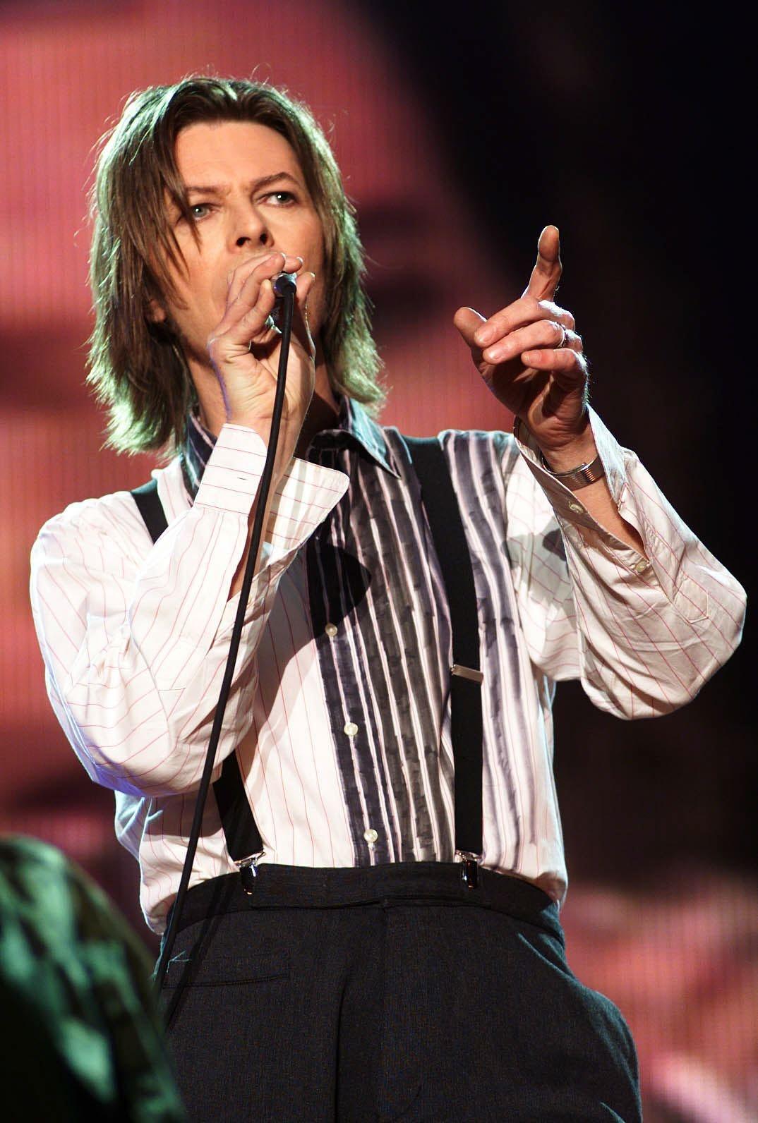 Lyrics From David Bowie's 'Blackstar' That Show His 25th Album ...