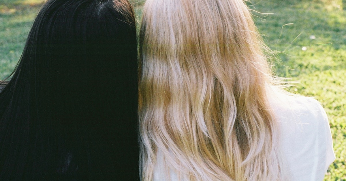 What I Ve Learned From Keeping My Natural Hair Color In An