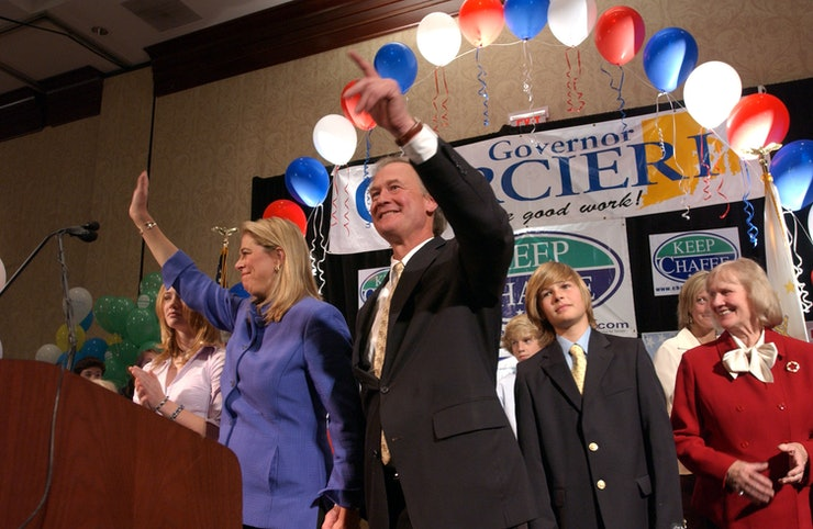 Who Is Lincoln Chafee S Wife Stephanie An Inspiring