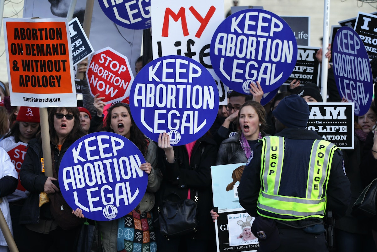 courts new decision made abortion legal in the us A case in which the court held that a woman's right to an abortion fell within  us  district court for the northern district of texas  her new opponent -- robert  flowers -- came under strong questioning from justices potter stewart and  thurgood marshall  as a result, the laws of 46 states were affected by the  court's ruling.