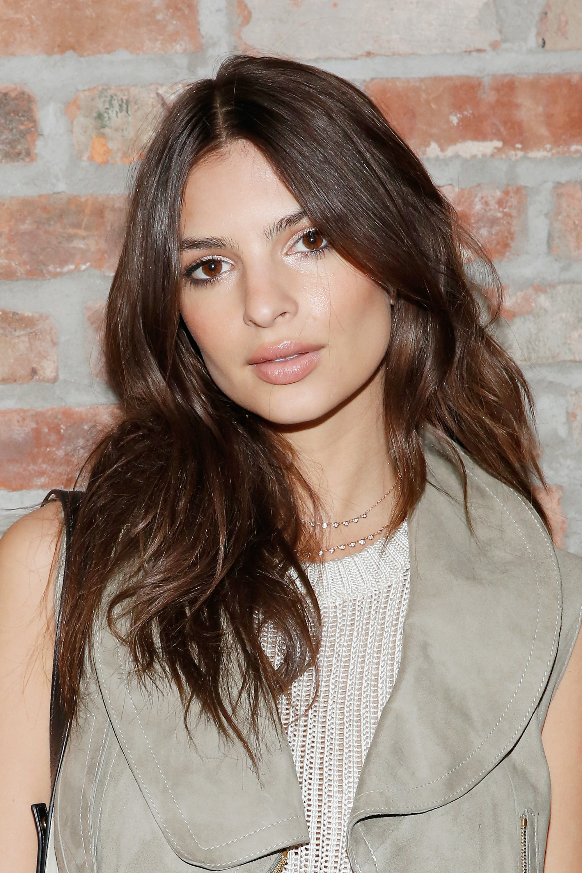 emily ratajkowski s essay about owning her sexuality gives the emily ratajkowski s essay about owning her sexuality gives the blurred lines music video new meaning