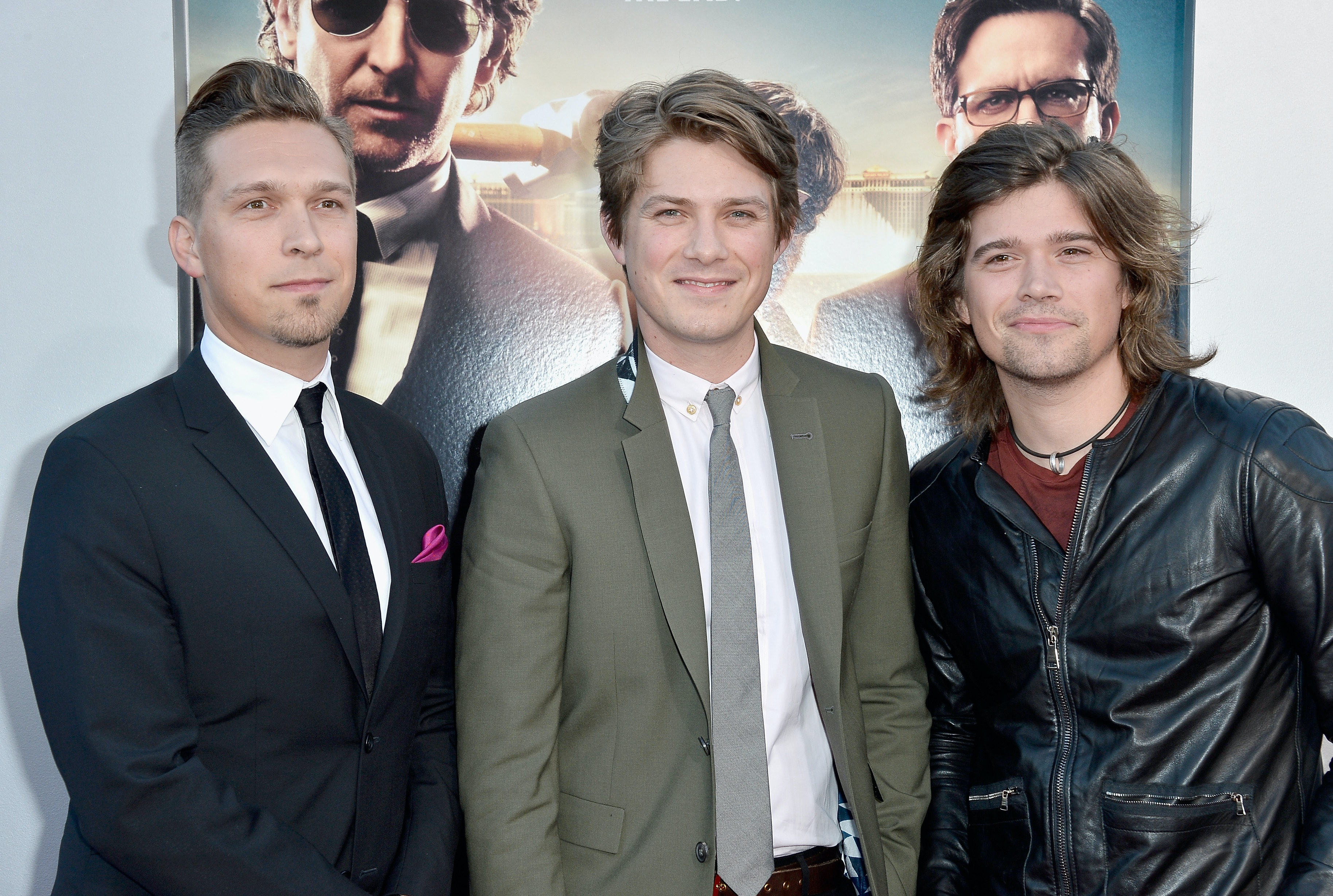 Hanson Is Working On A New Christmas Album & This Is Not A Drill