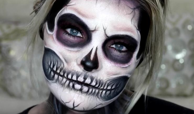 11 Exposed Skull Halloween Makeup Tutorials For A Deadly - Simple Skeleton Halloween Makeup