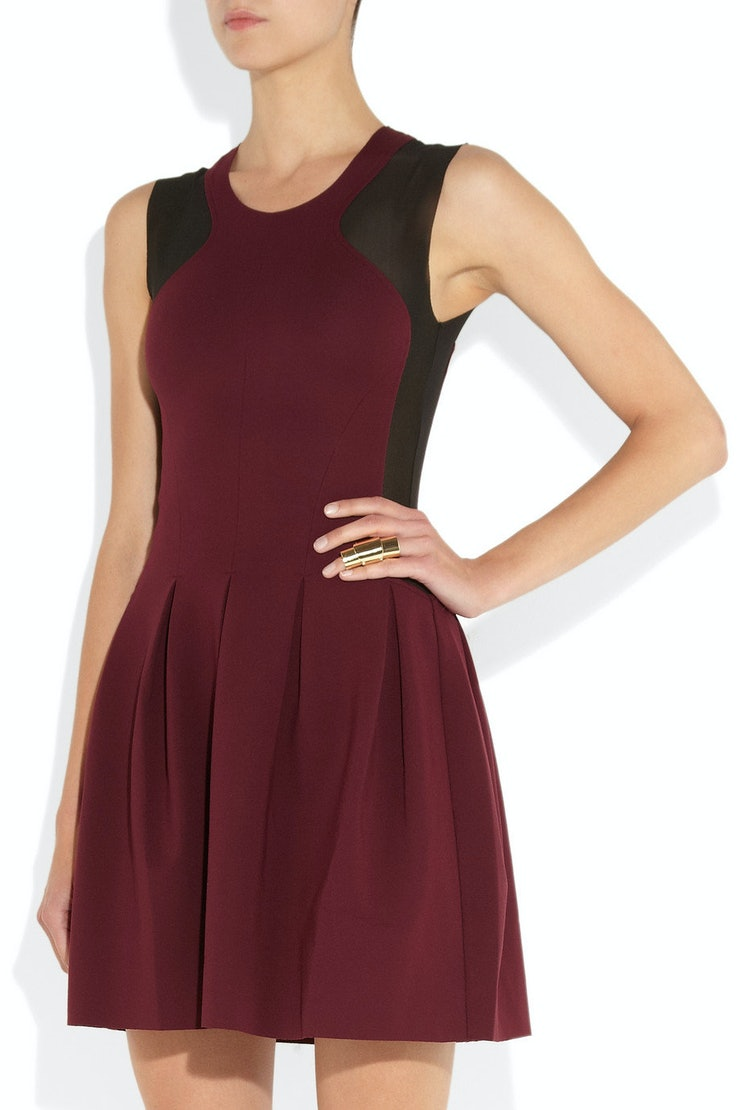 12 Holiday Party Dresses That Won't Make You Look Like a ...