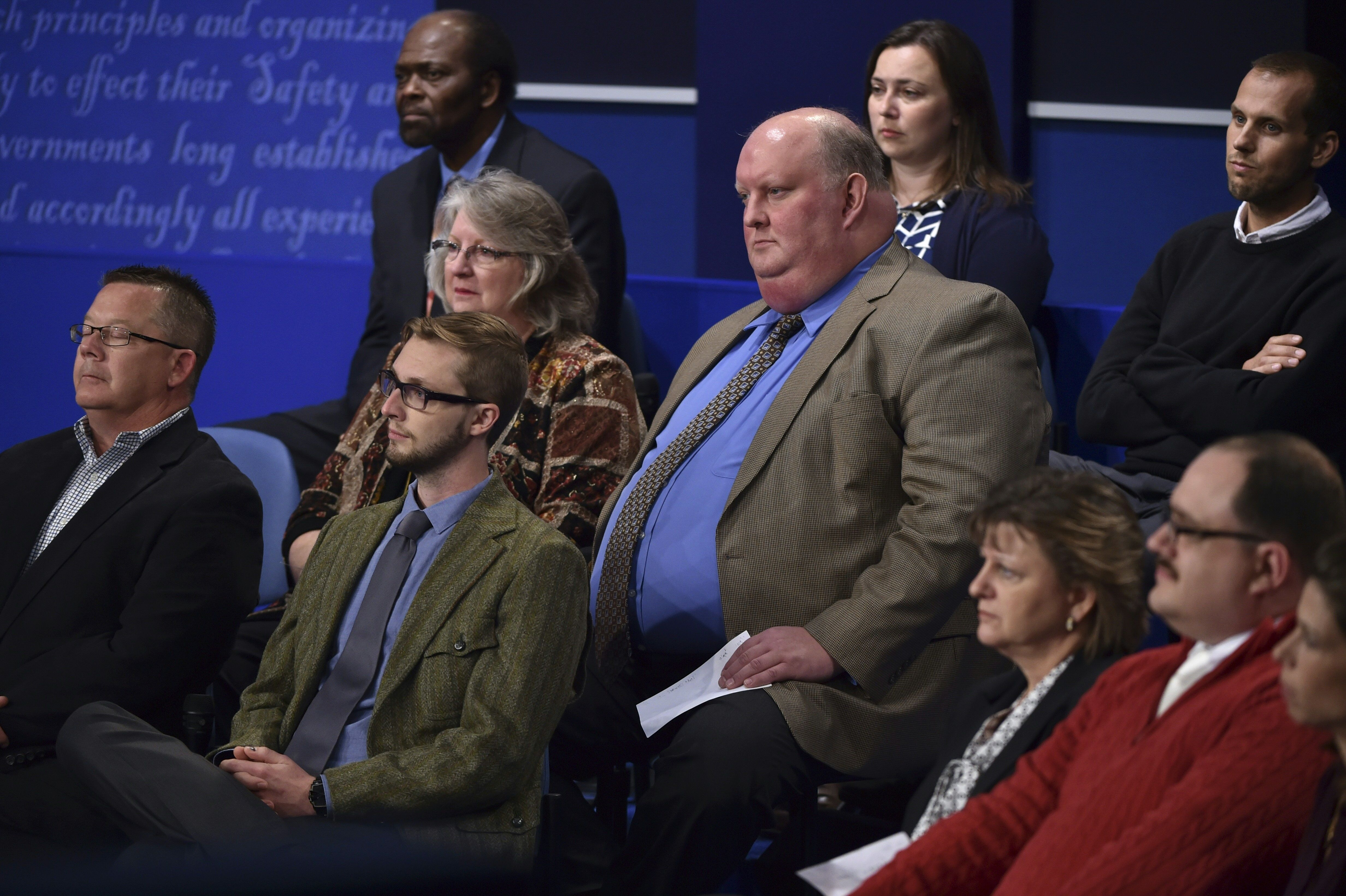 13 Photos & Videos Of Ken Bone At The Second Debate Show Why He's ...