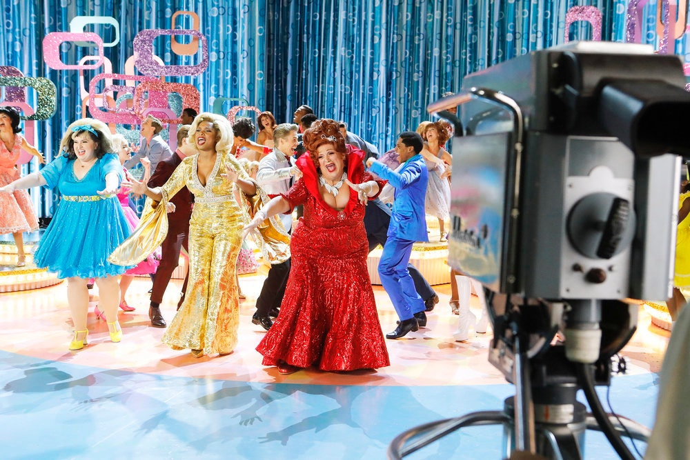 NBC to air some live commercials during 'Hairspray'