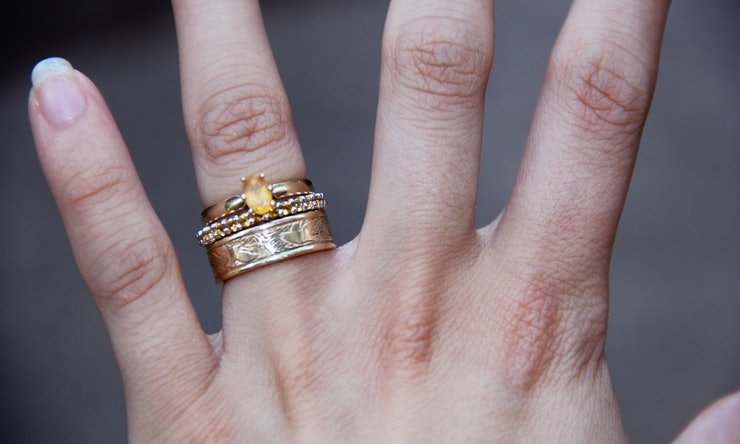 Non-Traditional Engagement & Wedding Ring Sets Are Worth ...