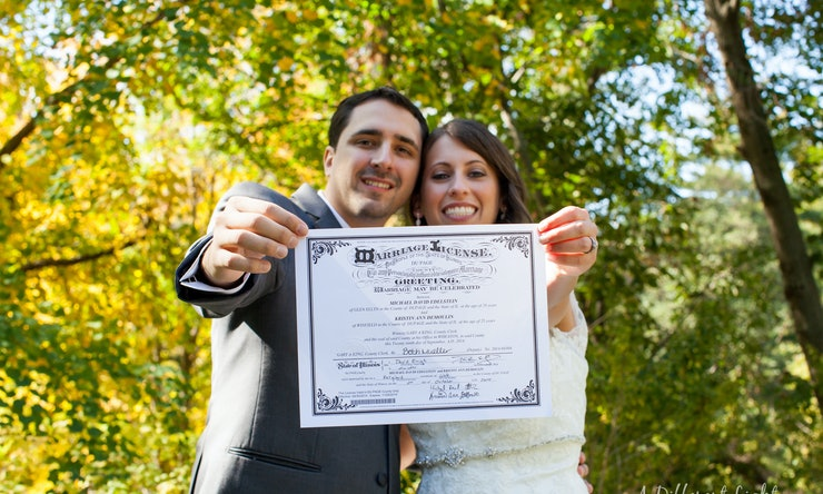 How To Get A Marriage License Before Your Walk Down The Aisle Because It S Kind Of An Important Detail