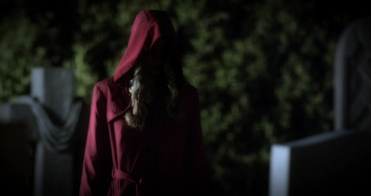 Red Coat & Charles Meet On 'Pretty Little Liars,' So What Does ...