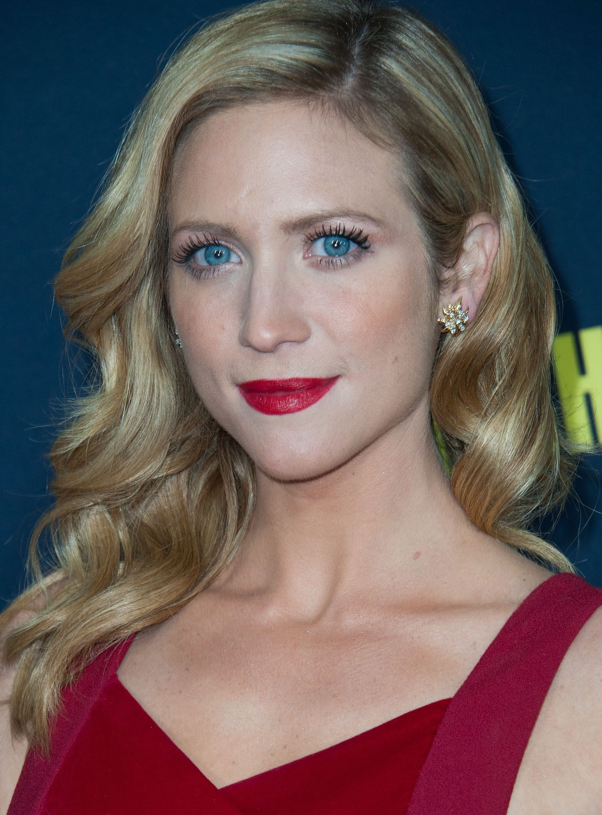 Brittany Snow Didn T Like Her Pitch Perfect 2 Red Hair