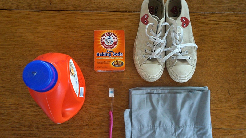 Using Baking Soda To Clean Shoes