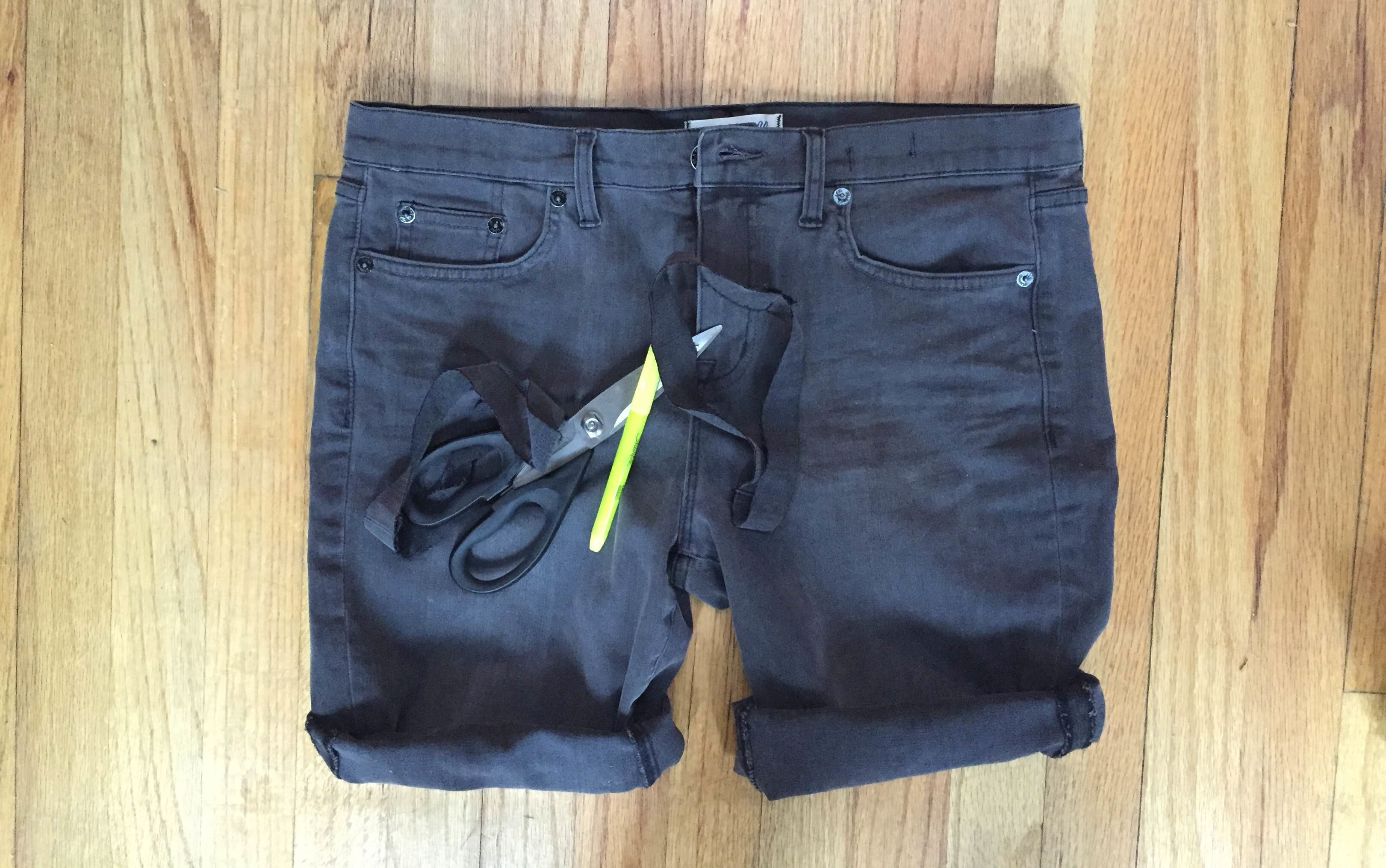 How To Make Jeans Into Shorts In 5 Simple Steps Because Legs Need ...