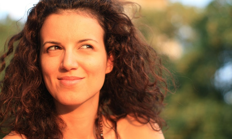 How To Style Naturally Curly Hair According To Real Women With - Styling really curly hair