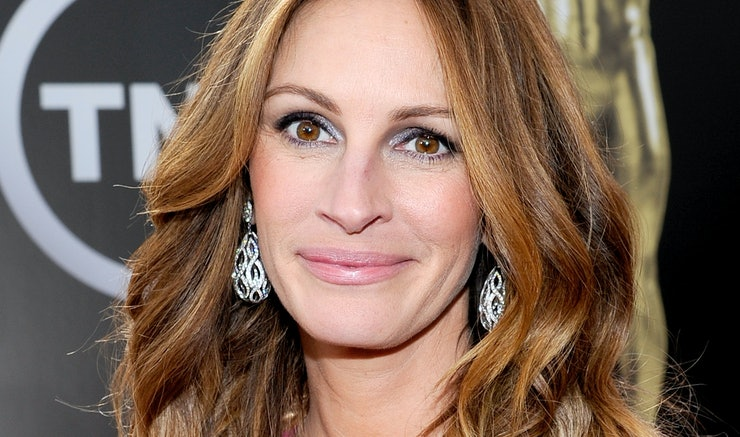 julia roberts says no to facelifts her words are admirable no matter your age or celebrity status. Black Bedroom Furniture Sets. Home Design Ideas