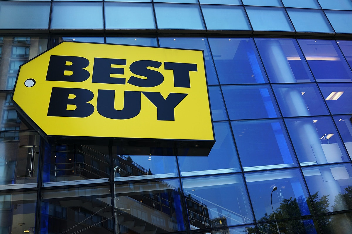Electronics recycling now available at all Best Buy stores nationwide. Best Buy now offers computer recycling, mobile phone recycling and more.