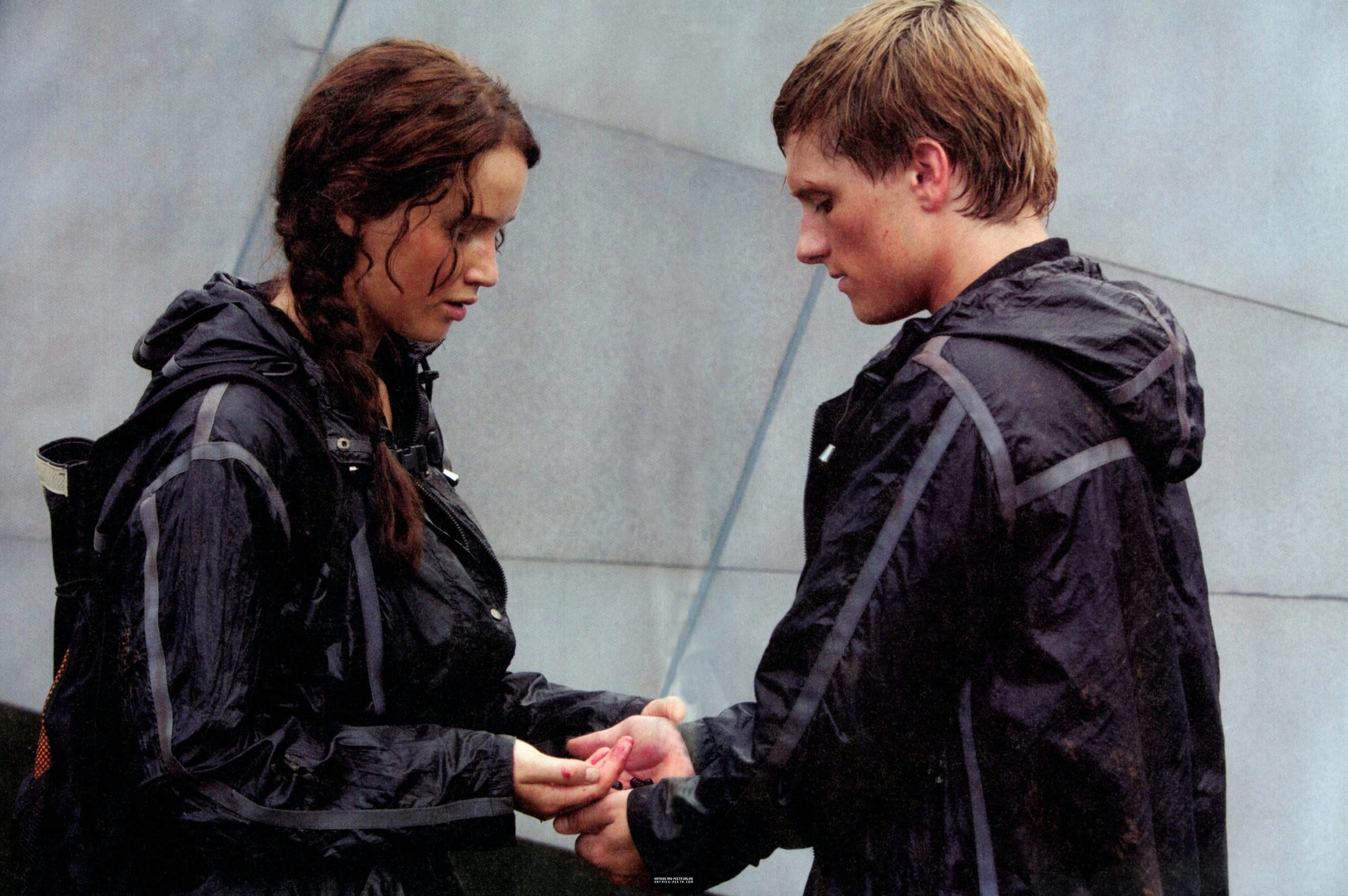 Peeta And Katniss Dating In Real Life