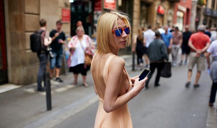 Italian slutwife goes to greet hubby039s friend - 3 part 5