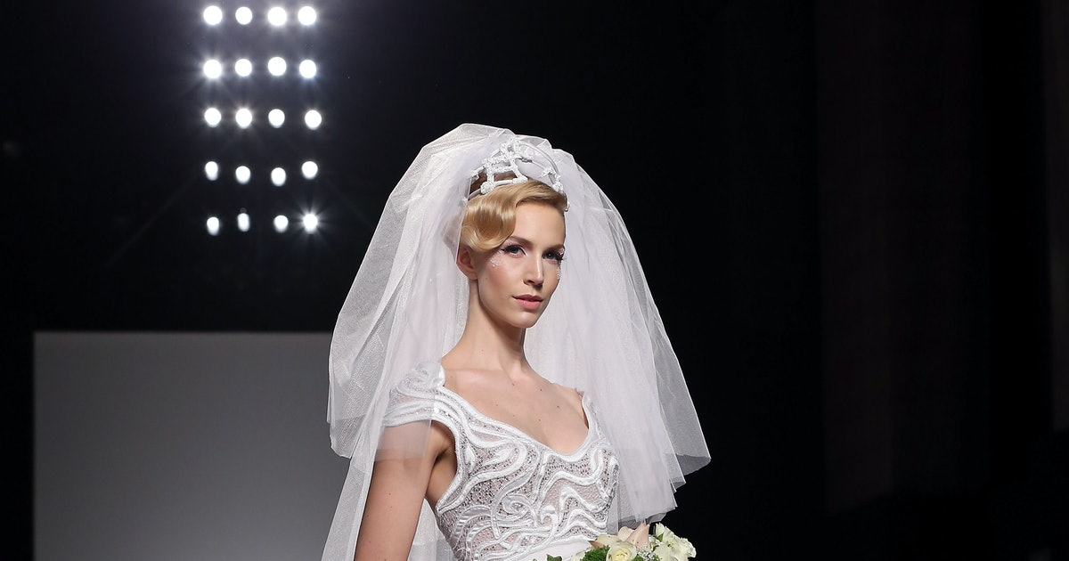 Rent the runway now rents wedding dresses for Rent wedding dress dc