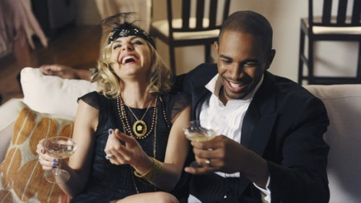 articles things couples laugh together time doing differently