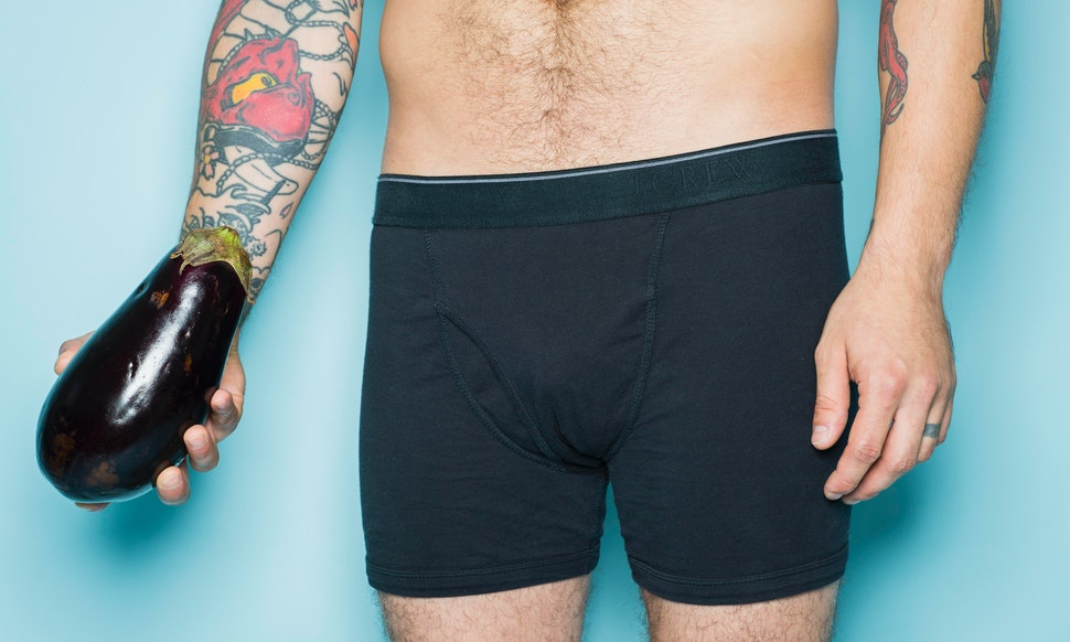 5 Tips For Pleasing Uncircumcised Penises (And The People
