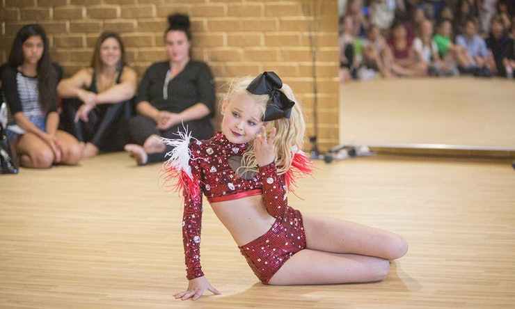 Dance Moms Star Jojo Siwa Talks Her Newfound Fame Amp Her