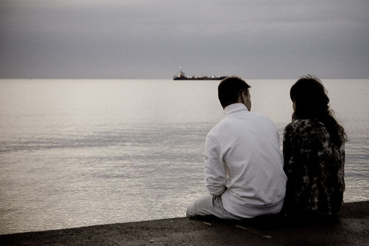 dating someone through divorce Watching someone going through the trauma of a divorce or a break-up can be tough this insightful article explains how you can help them through it.