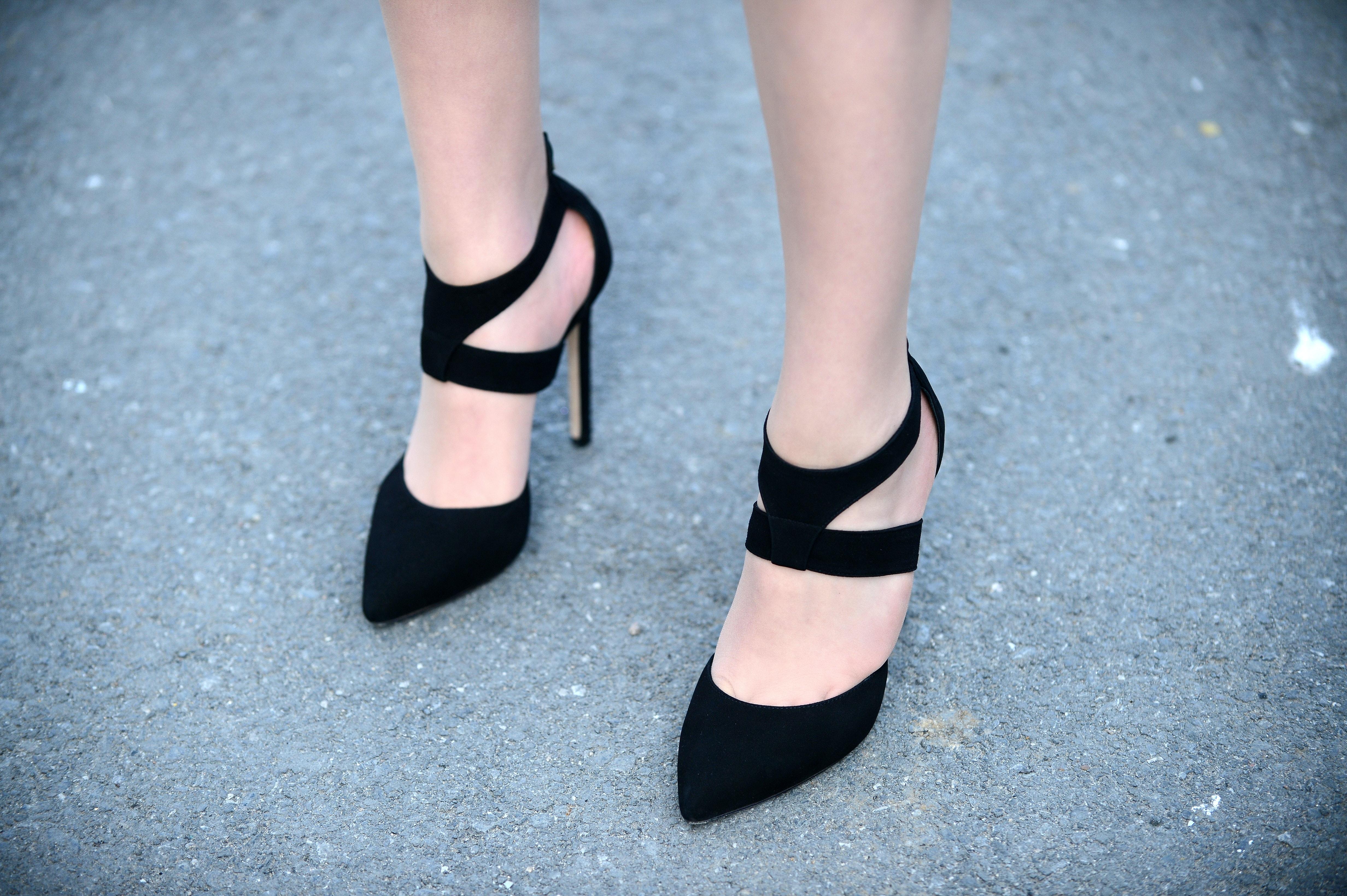 7 Hacks For Making Heels More Comfortable