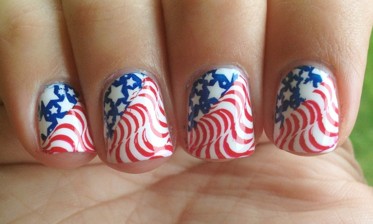 7 memorial day nail art ideas to try over the long weekend prinsesfo Choice Image
