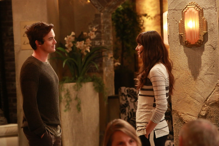 Who Is Spencer Dating On Pll