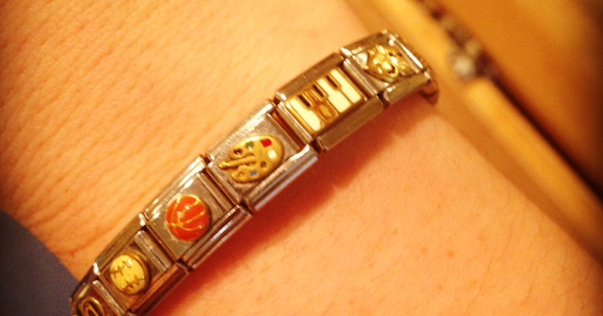 An Ode To Nomination Bracelets The Beloved Jewelry Of Mid
