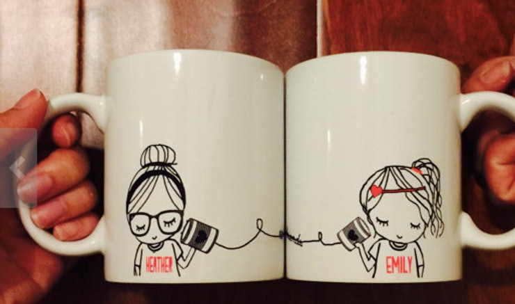 9 cute matching bff gifts for all your long distance for Cute small gifts for friends