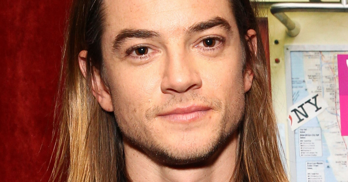 Who Is Sean on 'Hindsight'? Craig Horner Is Bringing his ...