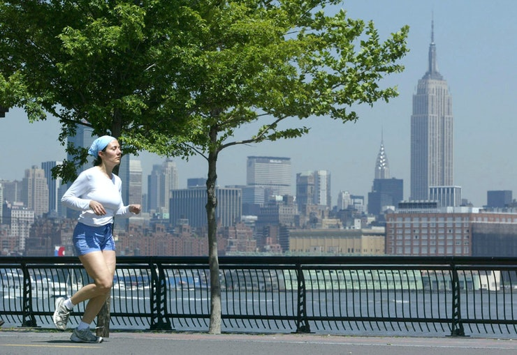 The 10 best cities to live in if you 39 re a single woman in for Top 10 best places to live in usa