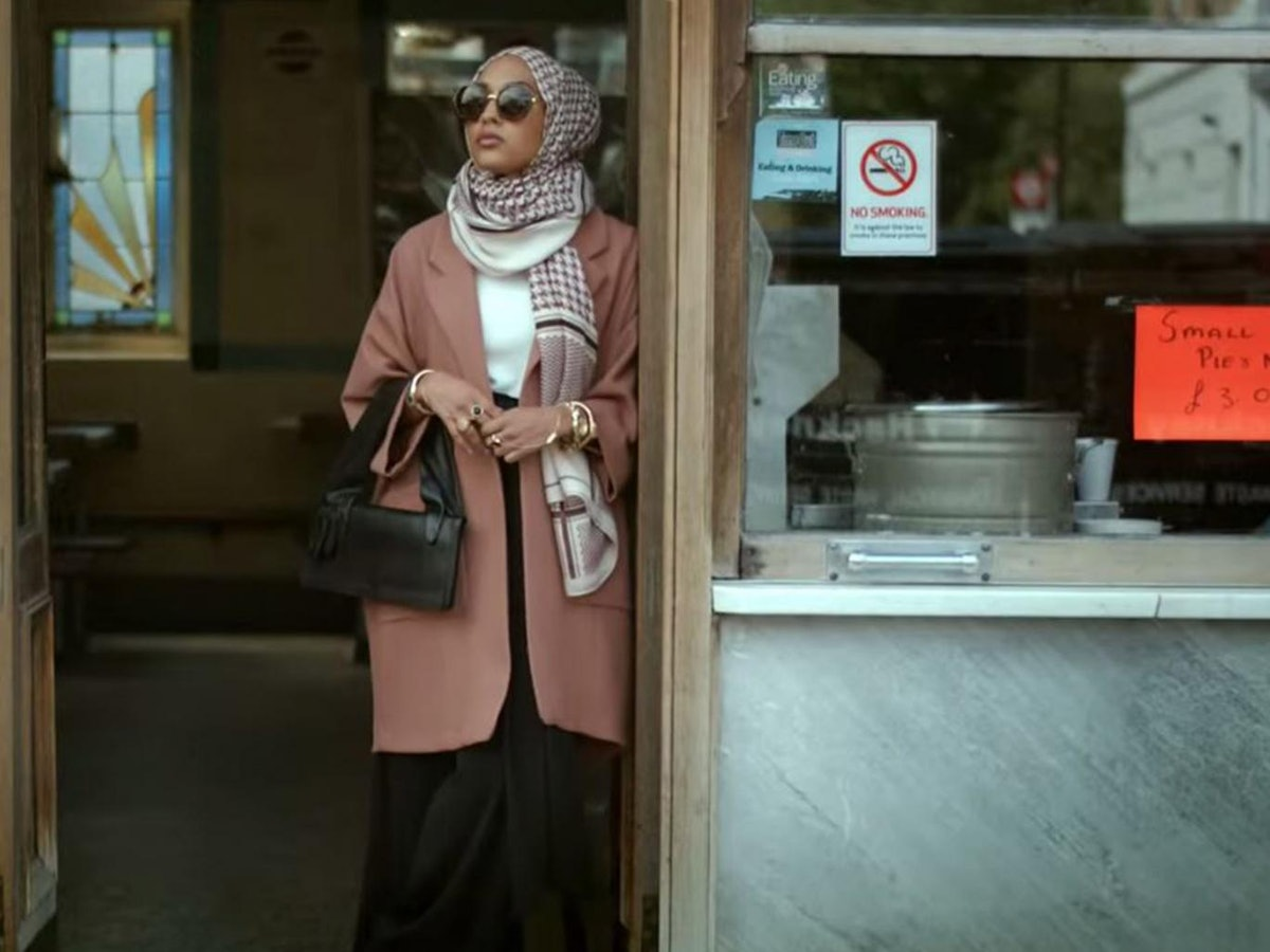 loop muslim Elturk, who launched her muslim women's fashion website, haute hijab, in 2010, said social media helped direct hijab-wearing fashion bloggers and companies like hers to an international audience haute hijab — which is headquartered in chicago — has more than 33,000 followers on instagram and nearly 200,000 likes on facebook.