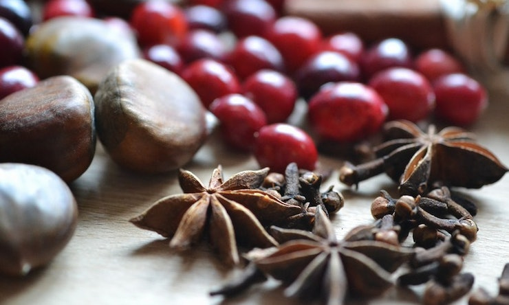 8 Easy Diy Tricks To Make Your House Smell Like Fall All